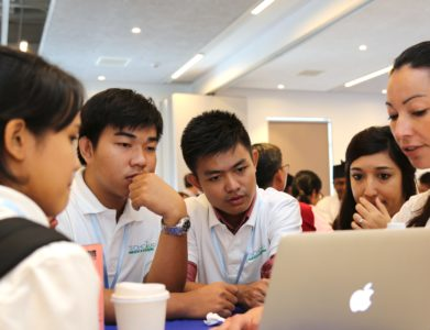 TechCamp Cambodia participants learn about new Technology