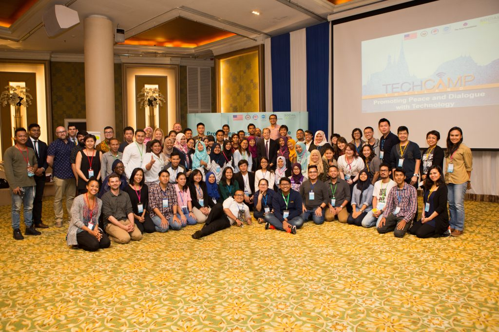 TechCamp Thailand Participants, Trainers, and Organizers