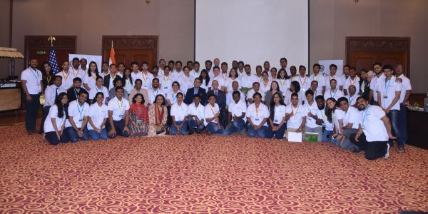 Participants, expert trainers and facilitators pose for a group photo at TechCamp Chennai: Tech Tools for Startups.