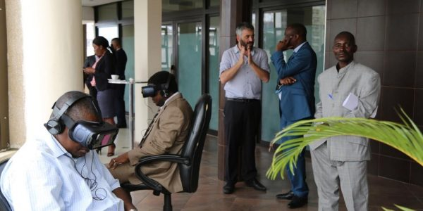 TechCamp Kinshasa experiment with virtual reality devices.