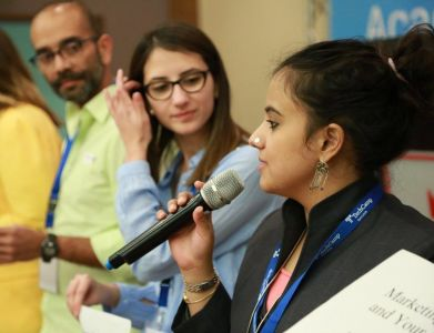 Dr. Suchi Guar addresses participants at TechCamp Ramallah